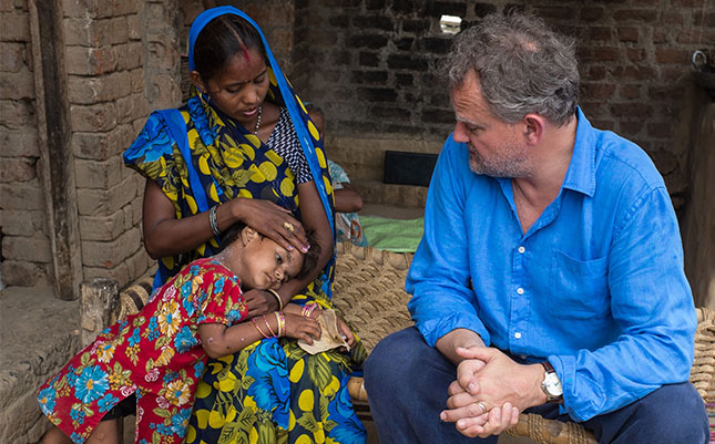 Kishan talks to Hugh about health problems she and her family face due to lack of clean, safe water.